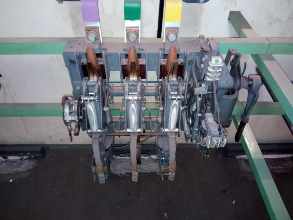 Schaltanlage 500V 06