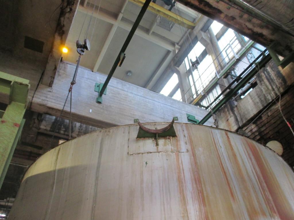 Demontage 130m³ Niro Lagertank 07