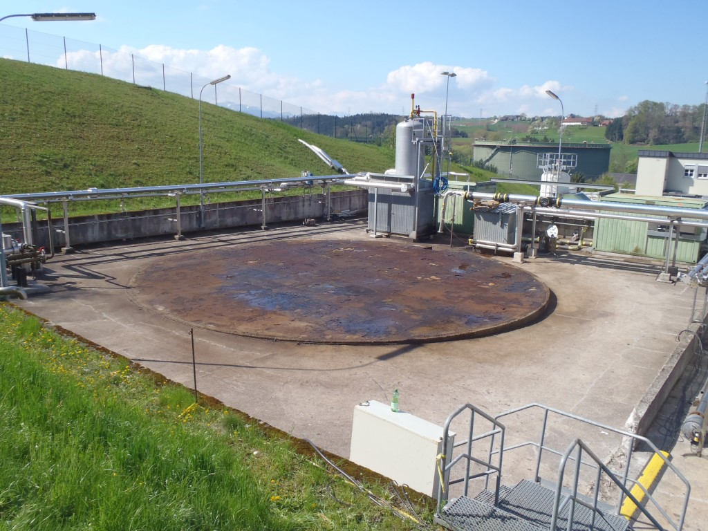 Demontage 2500m³ Lagertank 10