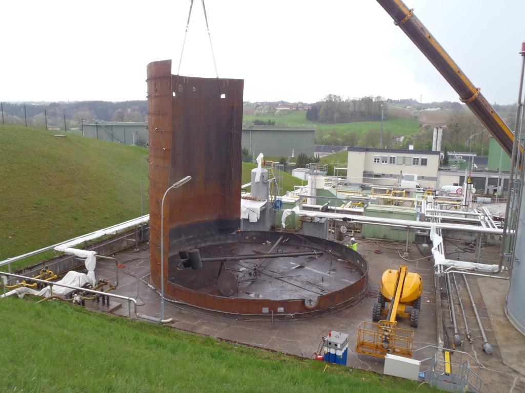 Demontage 2500m³ Lagertank 09