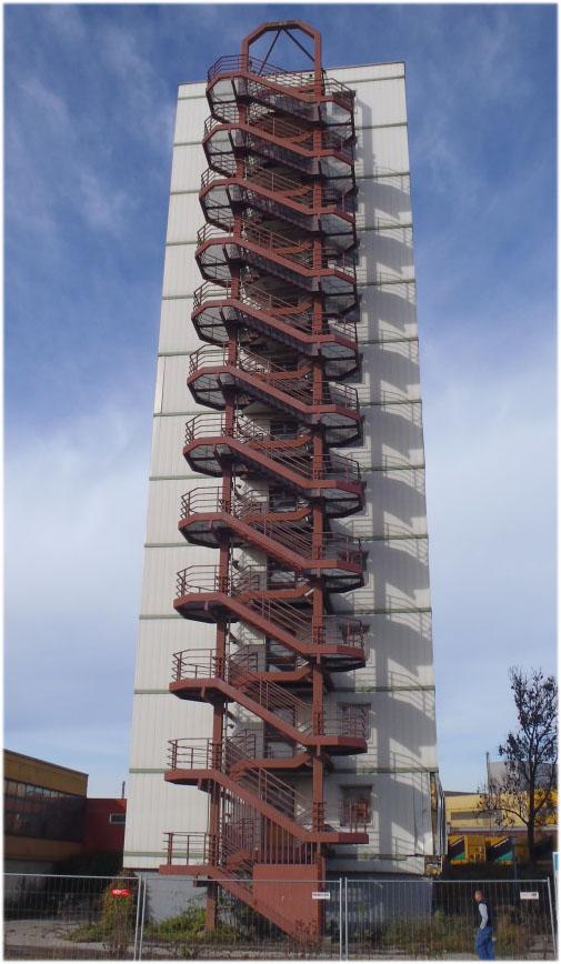 Treppenturm 01